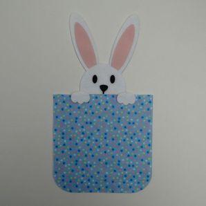 Embalagem-com-coelho-azul-com-coracoes-1